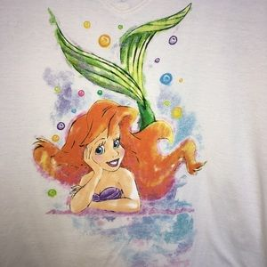 Disney Parks Tops - 🧜🏻♀️ Ariel Little Mermaid vneck tee Disney Park